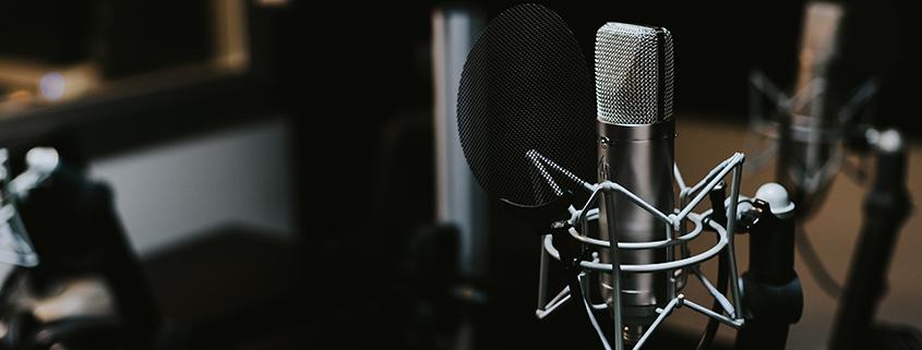 برنامه های رادیویی